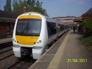 Chiltern Railways 11:24 from London Marylebone arriving Wilmcote